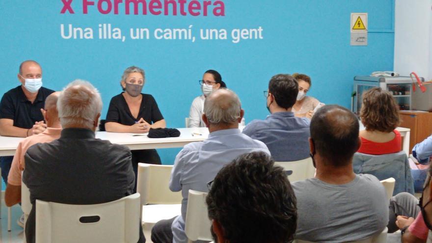 Gent per Formentera pide regular la conexión con Ibiza