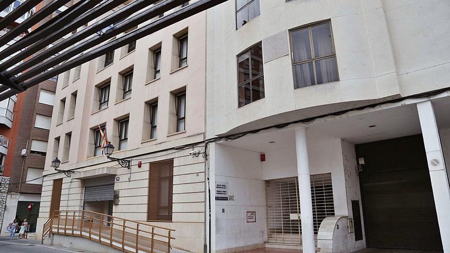 Tres bajas laborales dejan sin personal la sección penal    de un juzgado de Alzira