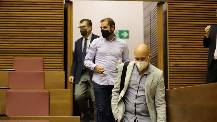 Cuatro diputados de Cs abandonan el grupo en las Cortes Valencianas y se van a los no adscritos