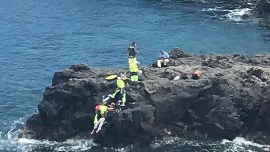 Muere una mujer que fue rescatada del agua en una playa de La Palma