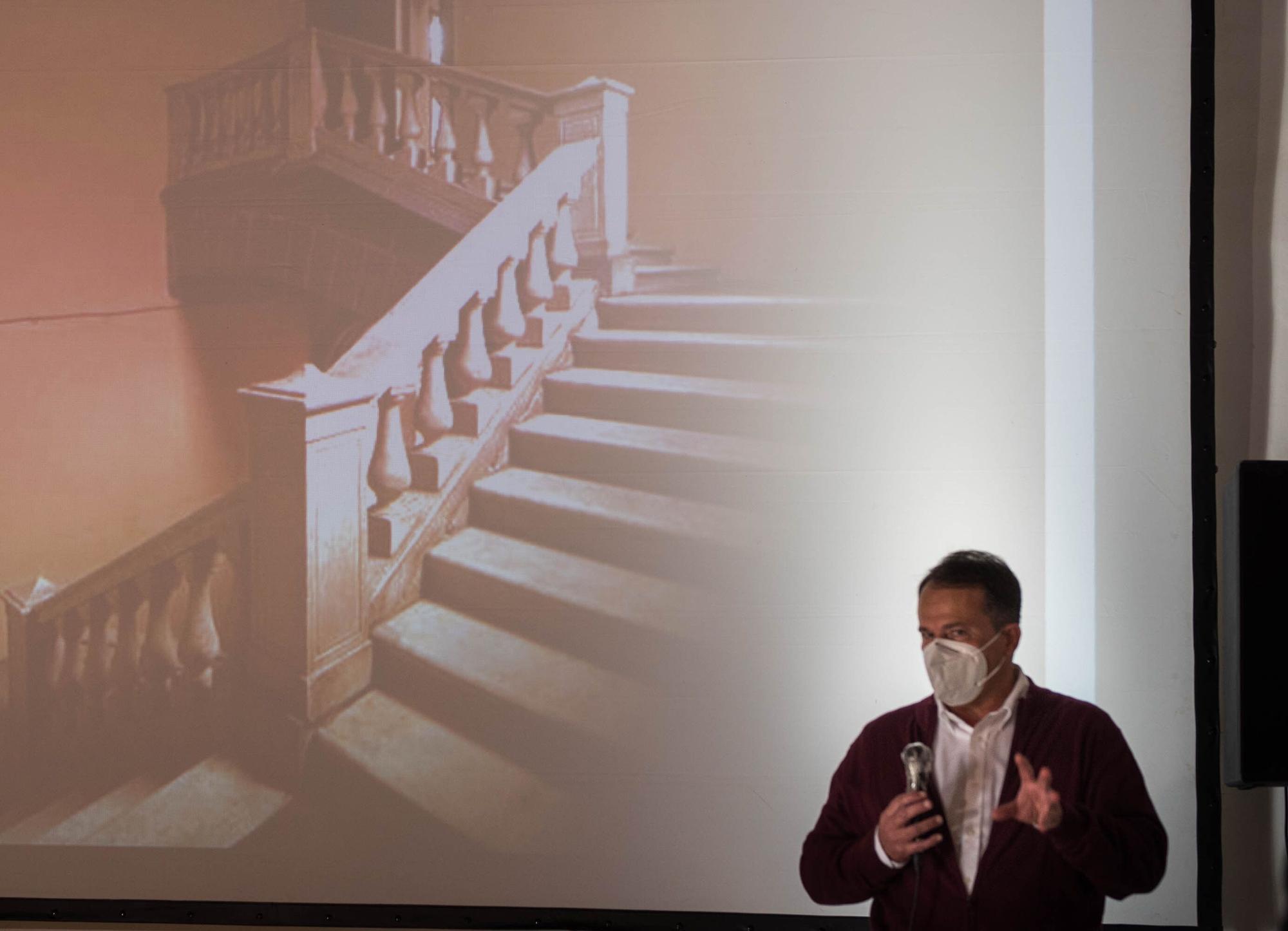 Mariano Gambín presenta 'El Palacio Oscuro'