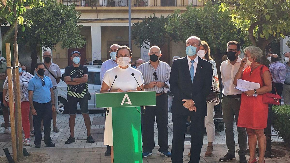 Rueda de prensa ofrecida ayer por la delegada del Gobierno de la Junta en Málaga, Patricia Navarro, y el alcalde, Francisco de la Torre