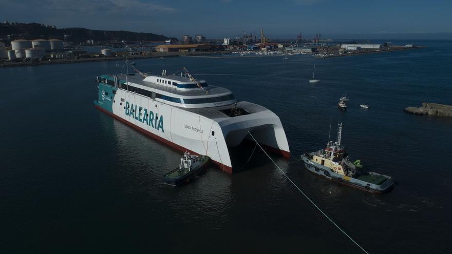 El ferry que funciona con motores a gas natural