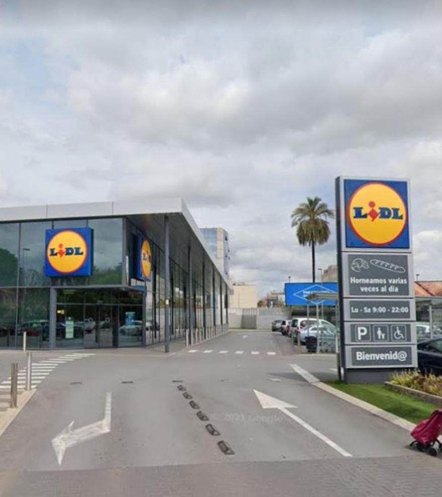 Lidl reta a Ikea con esta mesa plegable que está triunfando en ventas por su precio y practicidad