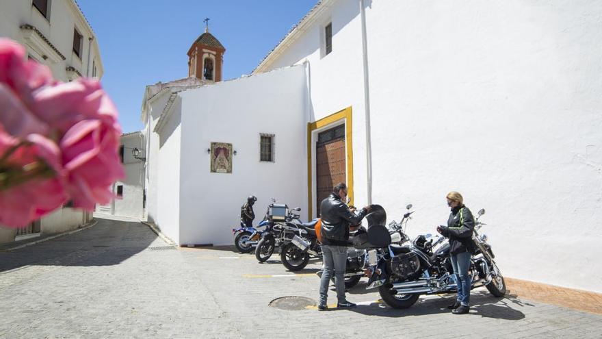 Cinco rutas en moto para conocer Andalucía