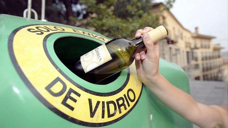 Rincón inicia una campaña para promover el reciclaje de envases de vidrio en la hostelería