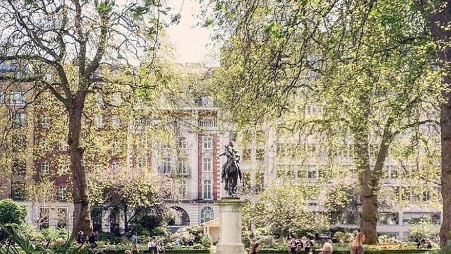 Amancio Ortega compra un edificio en la céntrica St. James y refuerza su cartera en Londres