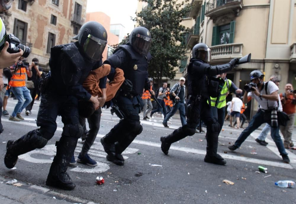 Nueva jornada de disturbios en Barcelona