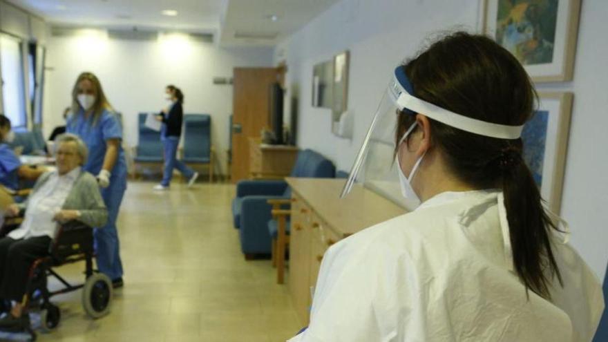 Erste Balearen-Bewohner haben zweite Impfdosis bekommen