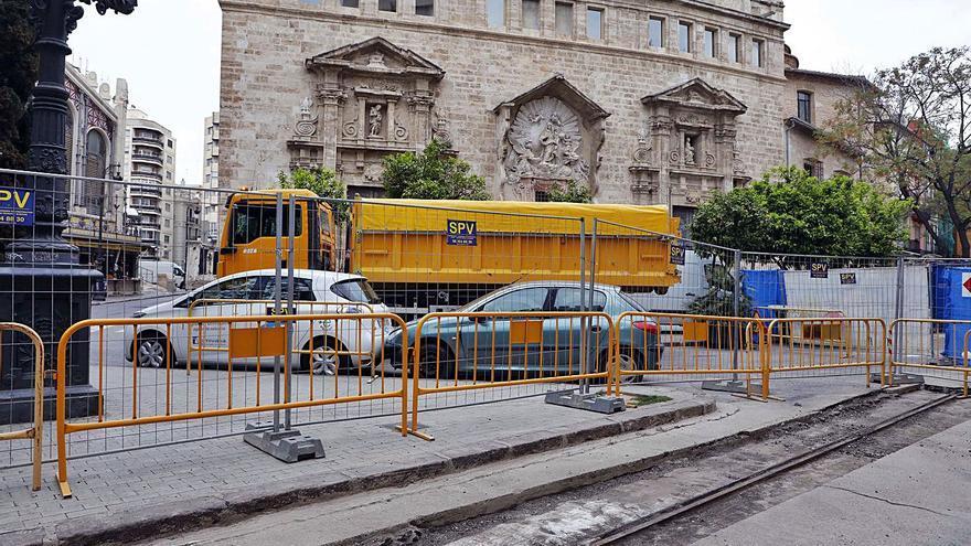 Las obras de María Cristina también sacan el viejo tranvía