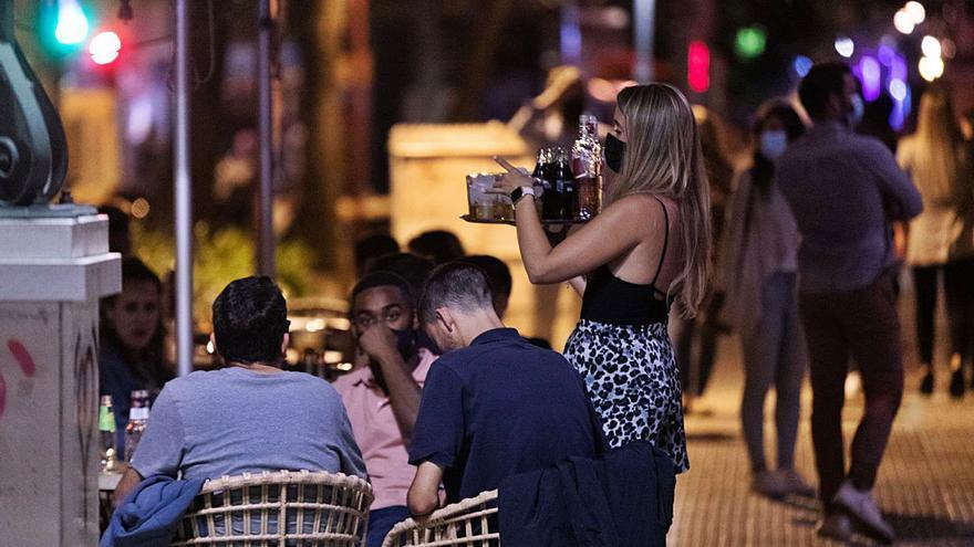 Catalunya descarta reobrir l'oci nocturn en les pròximes setmanes
