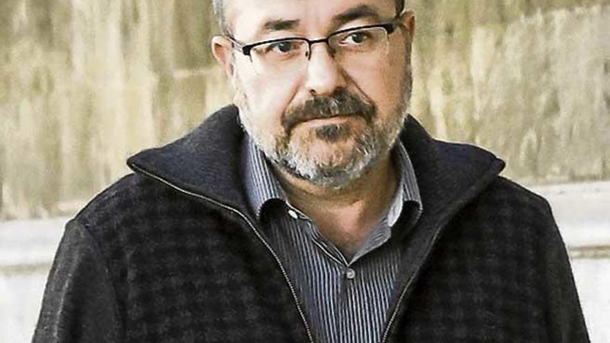 Investigan si Pablo Escribá compró a 14 euros el gramo de Minerval y lo vendió a 40