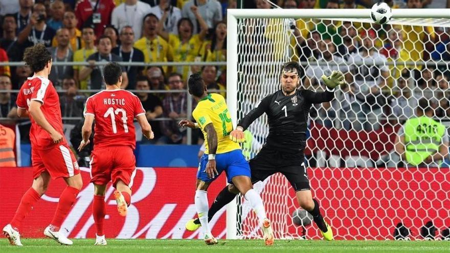 Brasil cumple ante Serbia y se medirá a México