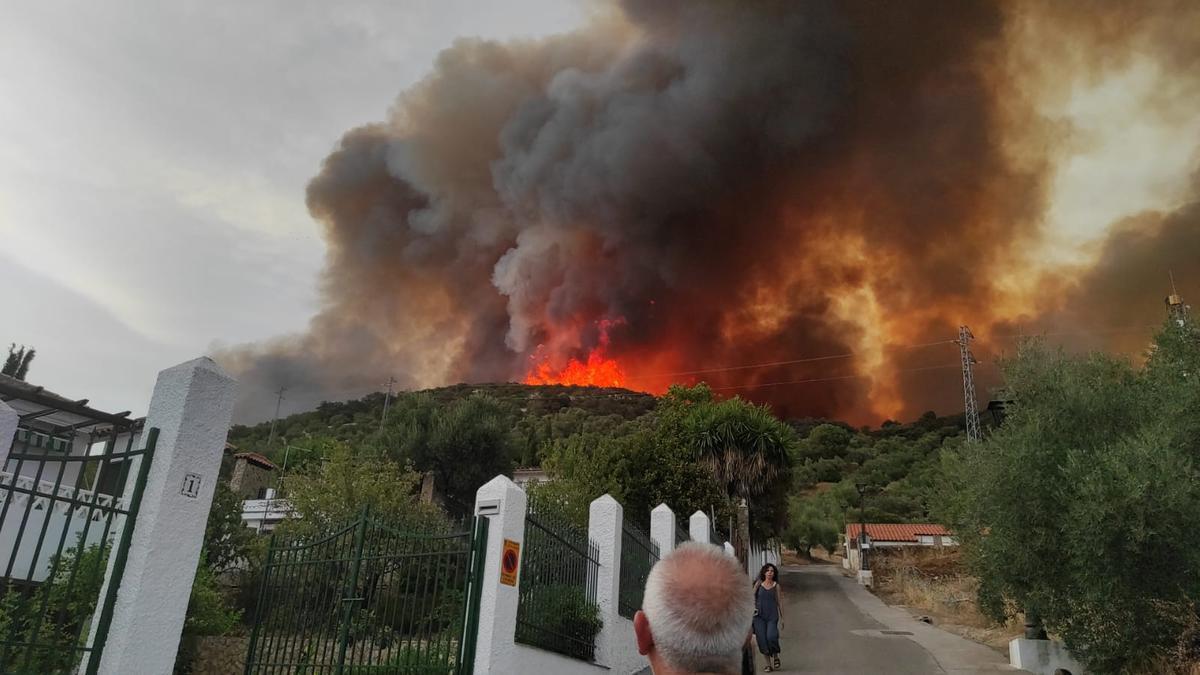 Instantánea del incendio de Miguel Ángel Blanco Cecilia