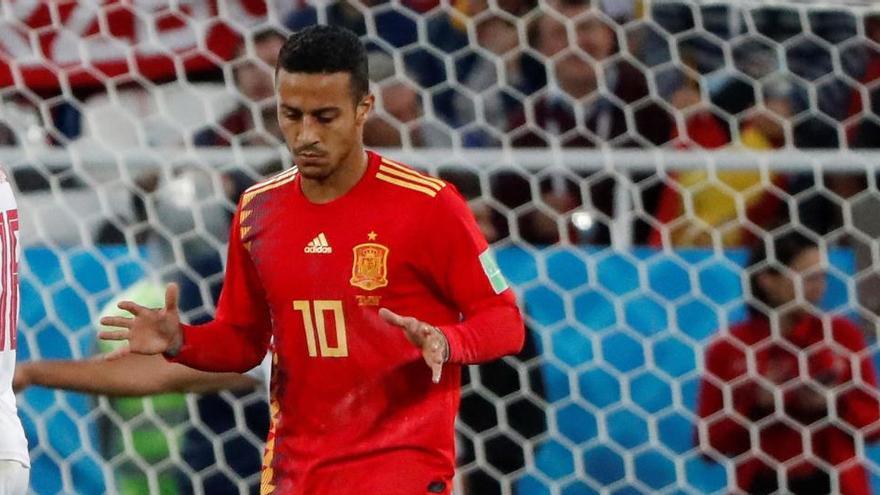 El Liverpool oficializa el fichaje de Thiago Alcántara