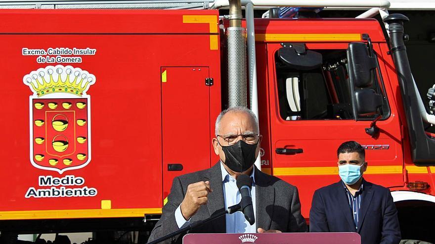 La Gomera activa el operativo contra incendios con más de 200 efectivos