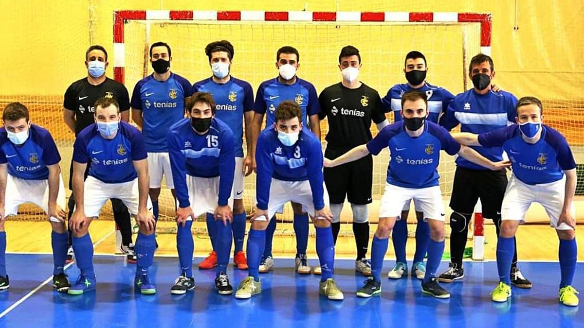La plantilla del EXEA FS antes de un partido esta temporada. | TONI TORRANO