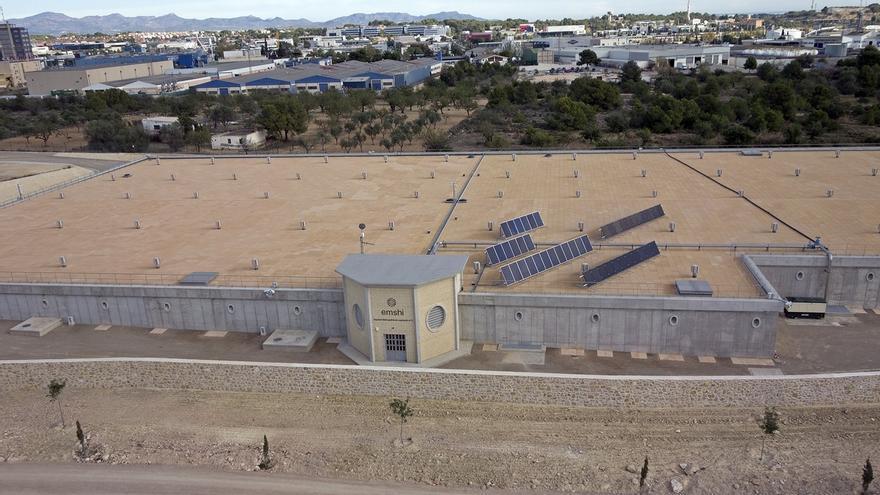 El IDAE subvenciona las placas fotovoltaicas instaladas por la Emshi