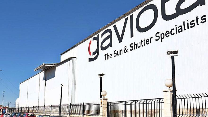 Los toldos de Gaviota Simbac  ya facturan más de 106 millones