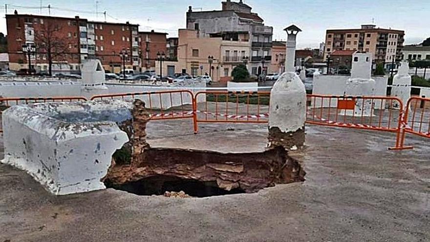 Movilización vecinal para «salvar» las cuevas de Paterna