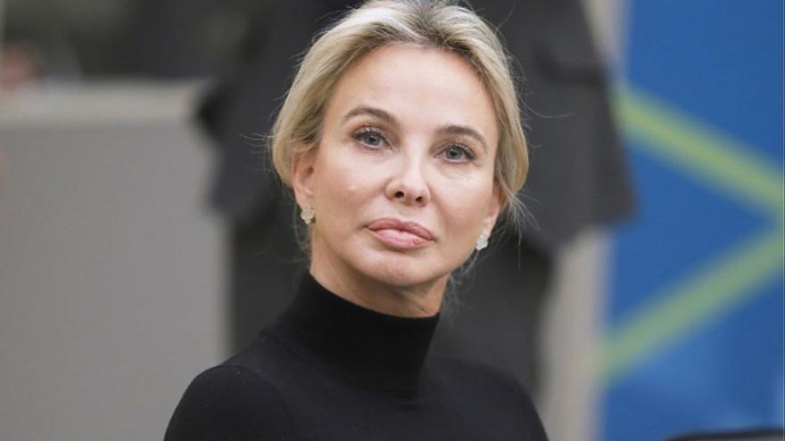 Corinna Larsen: la amante indiscreta