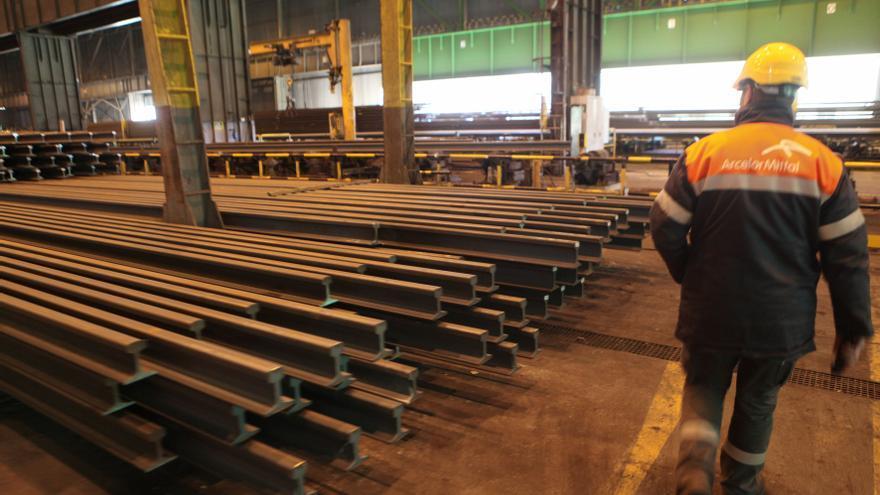 Más problemas para Arcelor: La pausa del bocadillo reduce en 25.000 toneladas su producción anual de carril