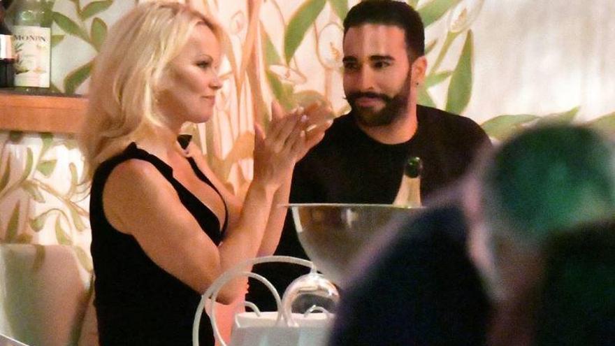 Pamela Anderson rompe con el exvalencianista Rami bajo la sombra de malos tratos
