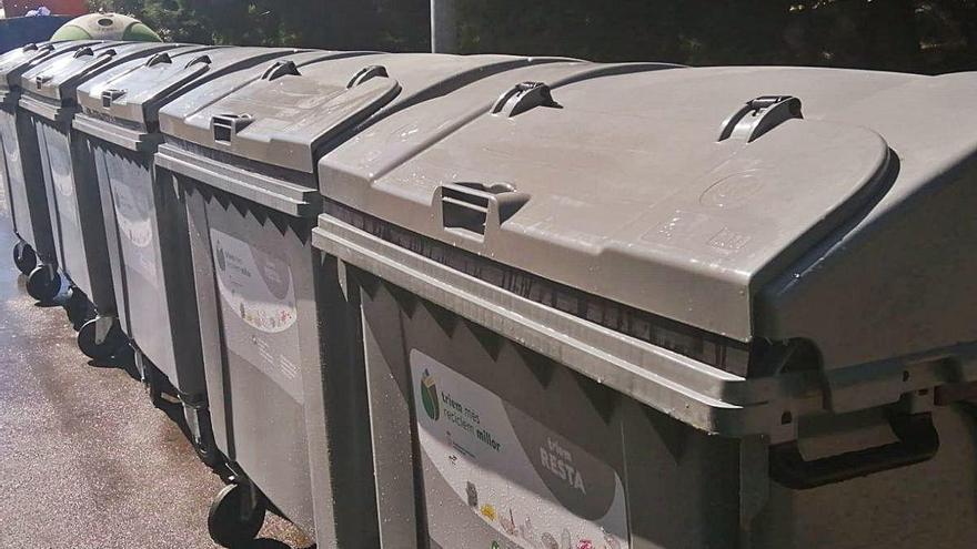 Roses comença la renovació de  1.500 contenidors d'escombraries