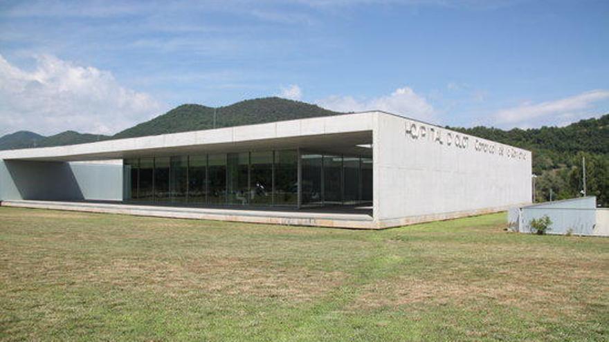 L'hospital d'Olot permetrà visitar pacients operats sense covid-19 a partir del dia 25