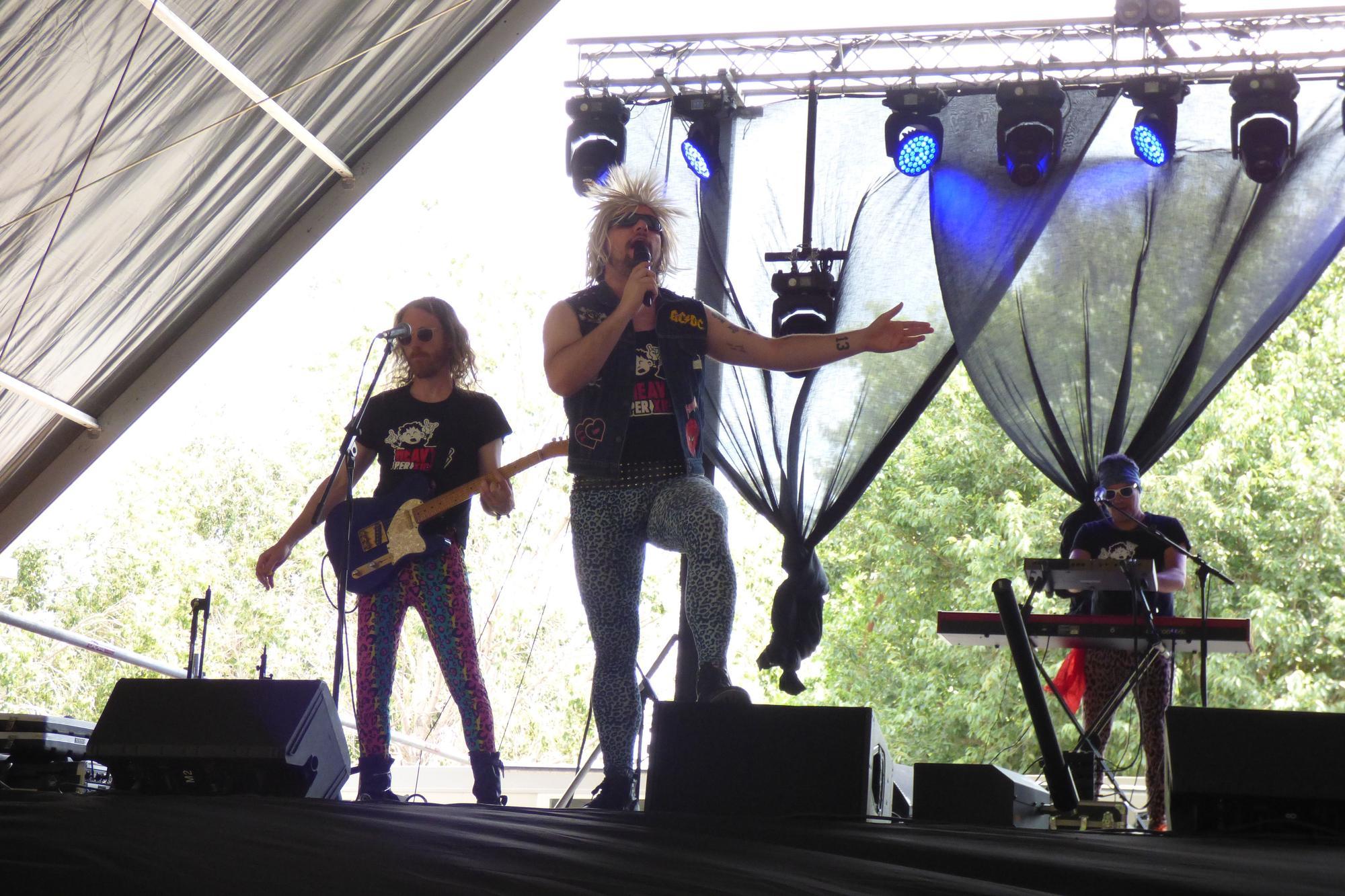 Concert de Heavy per Xics a Figueres
