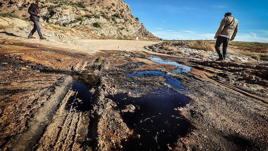 Sancionan a Medio Ambiente por los vertidos contaminantes del vertedero de Abanilla