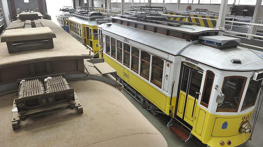 Una empresa balear retomará la negociación con el Concello para comprar los tranvías
