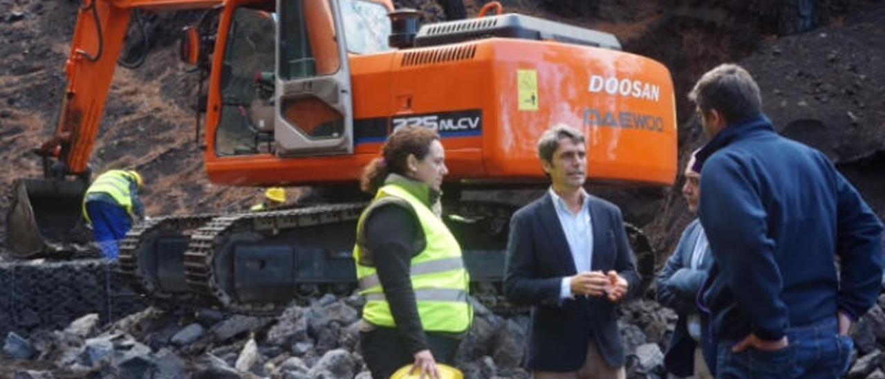 Canarias y el Estado quieren eludir el debate sobre las ventajas del REF