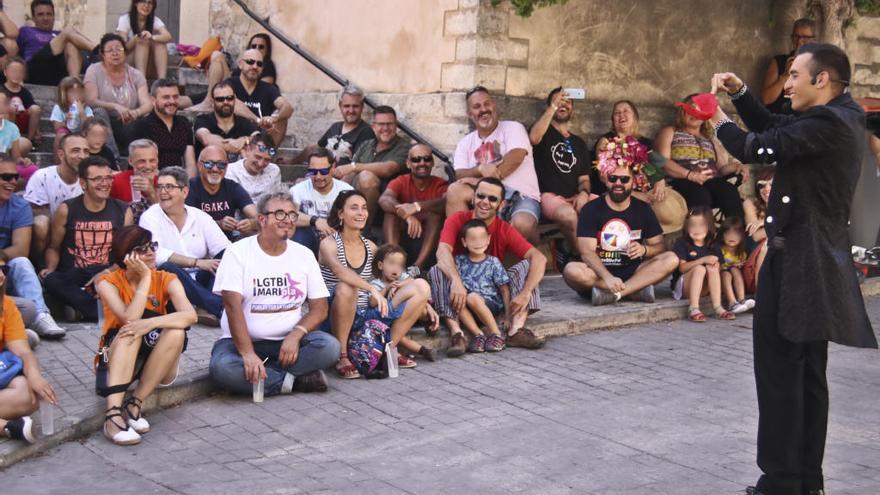 Alcoleja acoge el cuarto encuentro de «Pobles per la Diversitat» del colectivo LGTBI MARIola