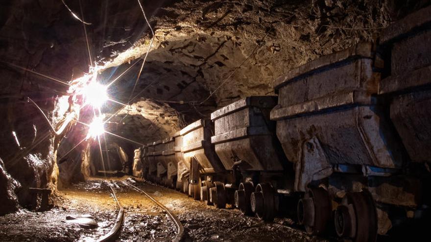 Muere uno de los mineros atrapados tras una explosión en China