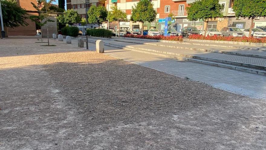 El PSOE exige obras de accesibilidad en la remodelada plaza de Santa Marta
