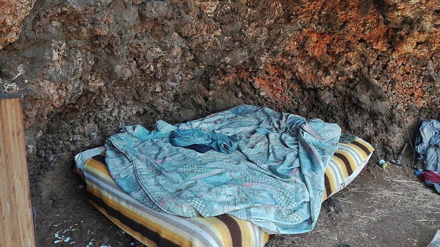 Cáritas atiende a más de 130 personas que duermen en la calle
