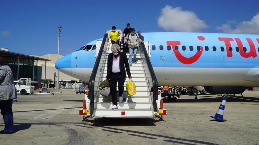 Arriben a Mallorca els primers turistes alemanys