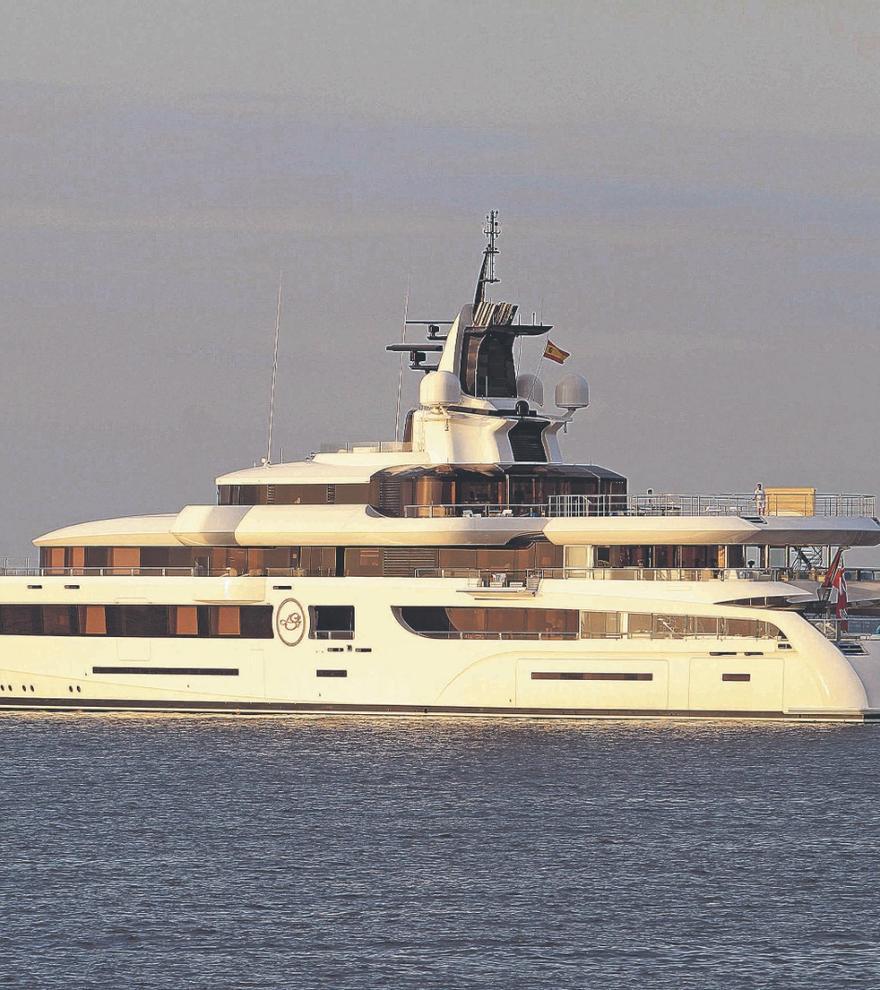 """Superyacht """"Lady S"""" kreuzt vor Mallorca und Ibiza"""