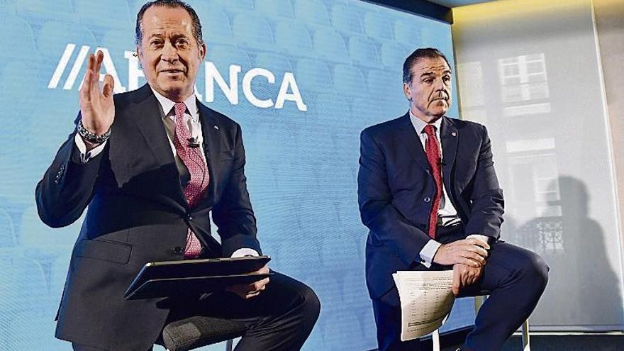 Abanca aporta cinco millones al Dépor, que tendrá dos para fichar