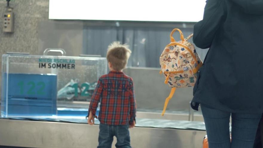 Koffer animieren am Flughafen Palma zum Wassersparen