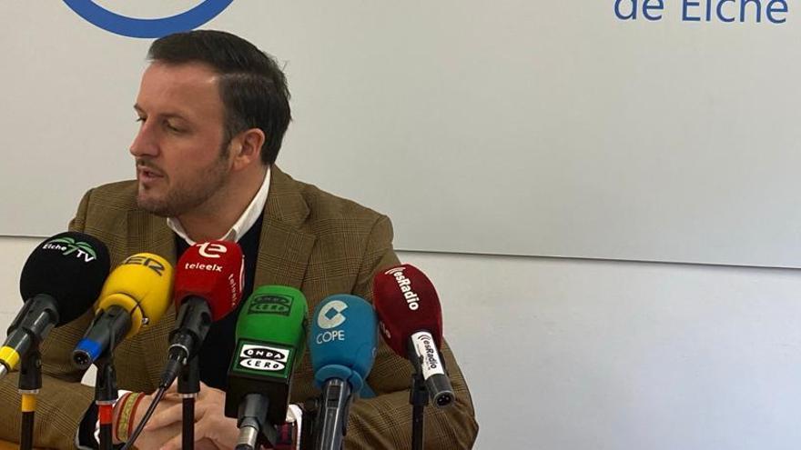 El PP suspende la gestión del ejecutivo local y le acusa de vetar a la oposición