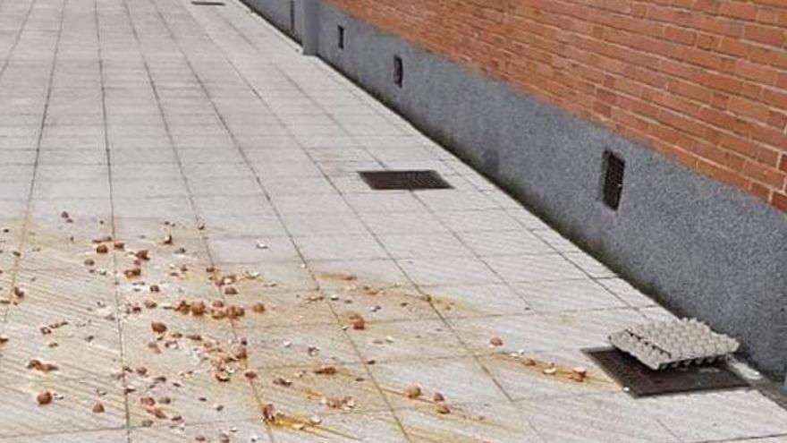 Atacan la casa del presidente de Asturias, Adrián Barbón