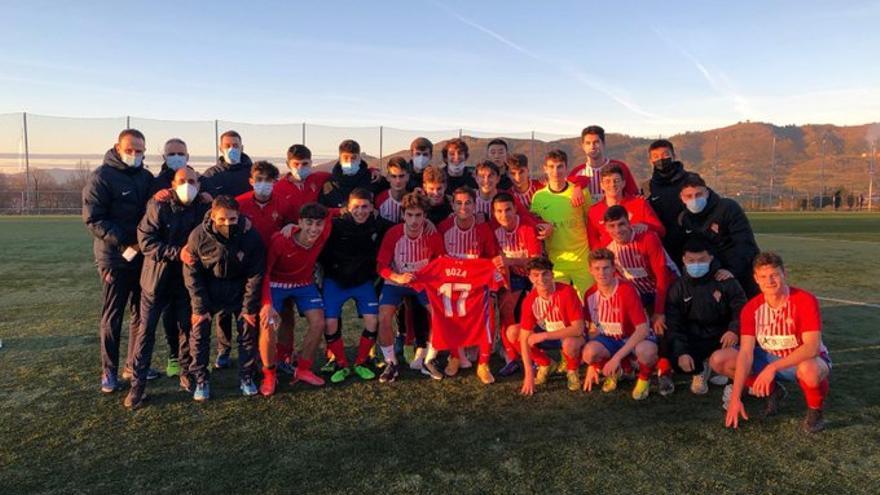 El Sporting se lleva el derbi juvenil ante el Oviedo en La Pixarra (2-3)