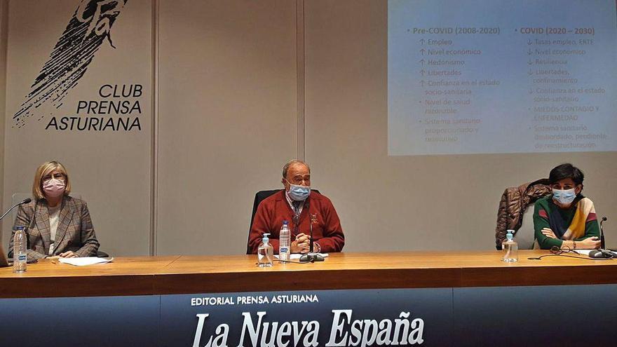 """Julio Bobes: """"La pandemia provoca un agotamiento mental general en la sociedad"""""""