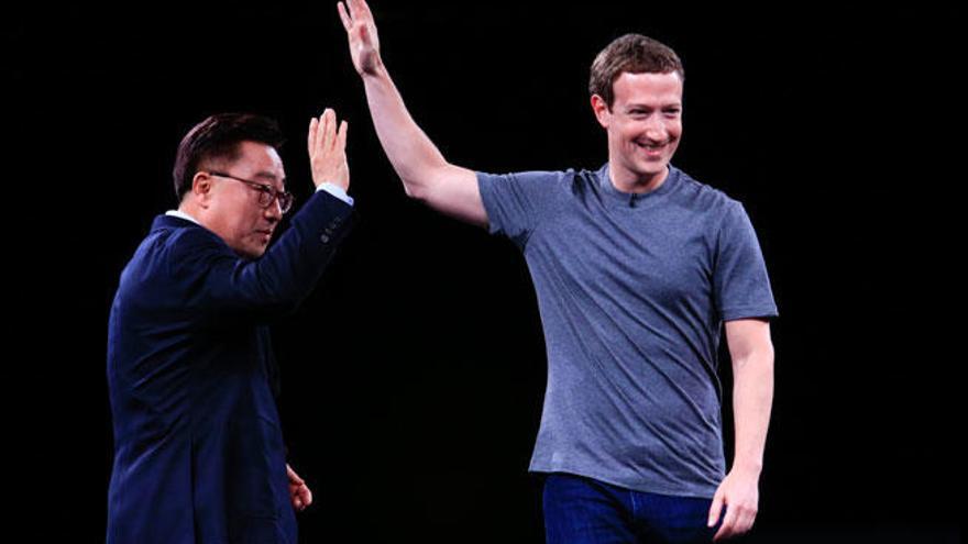 Zuckerberg y curvas en el Mobile World Congress