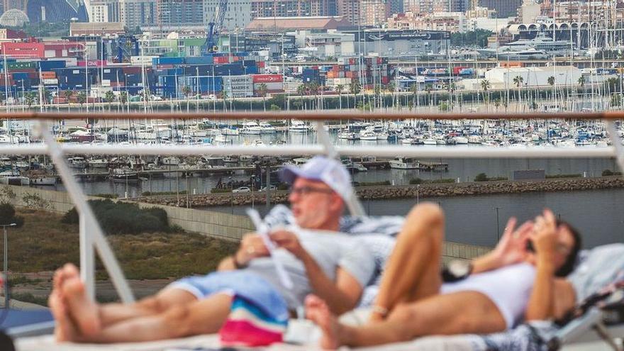 Medio millón de cruceristas en el limbo