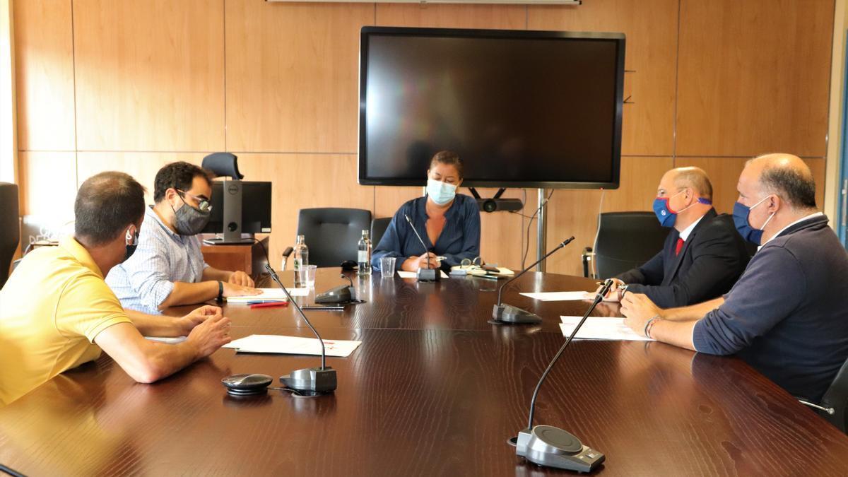 Reunión entre los Comerciantes de Triana y el Ayuntamiento de Las Palmas de Gran Canaria
