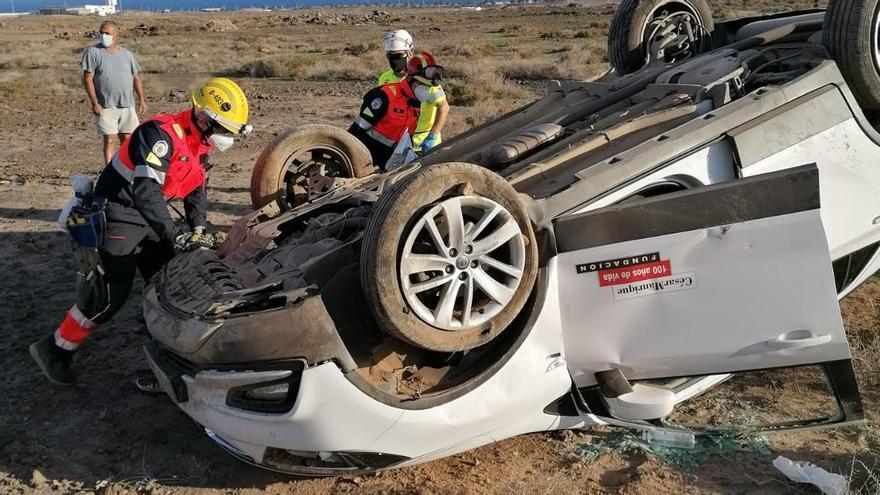 Un herido en un vuelco en Lanzarote