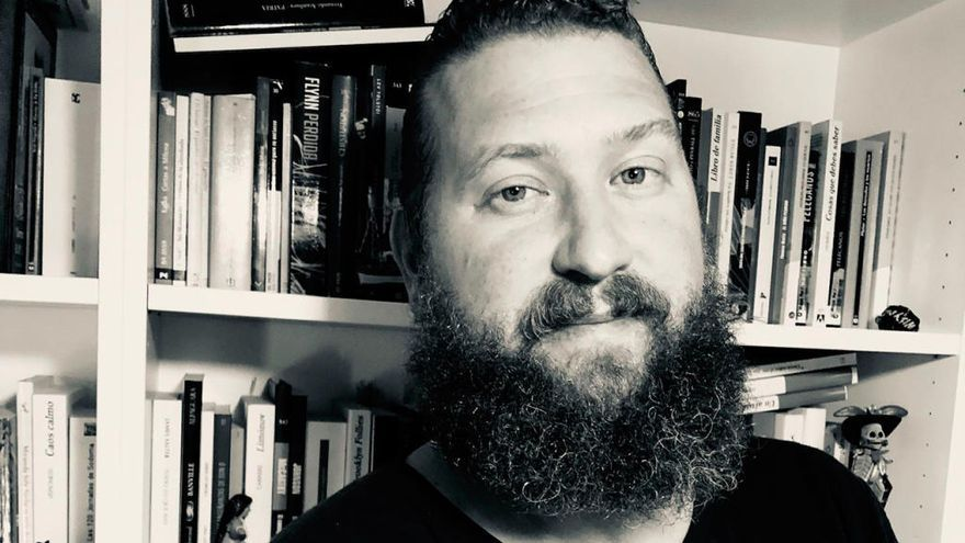 """Luis Moya: """"Vivimos en una burbuja de series, es imposible llegar a todo"""""""